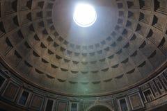 Πανοραμική άποψη του εσωτερικού του Pantheon (ναός όλων των Θεών) στοκ φωτογραφίες