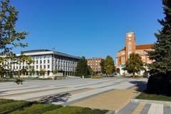 Πανοραμική άποψη του κεντρικού τετραγώνου στην πόλη Pleven Στοκ φωτογραφία με δικαίωμα ελεύθερης χρήσης