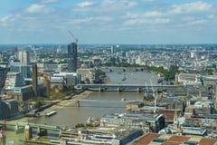 Πανοραμική άποψη του Λονδίνου από τον κήπο ουρανού στην ομιλούσα ταινία Walkie Στοκ Εικόνες