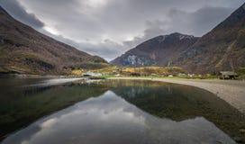 Πανοραμική άποψη του νορβηγικού fiord Στοκ εικόνα με δικαίωμα ελεύθερης χρήσης