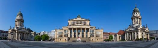 Πανοραμική άποψη του Gendarmenmarkt στο Βερολίνο στοκ εικόνες
