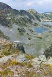 Πανοραμική άποψη των λιμνών Musalenski από την αιχμή Musala, βουνό Rila Στοκ φωτογραφία με δικαίωμα ελεύθερης χρήσης