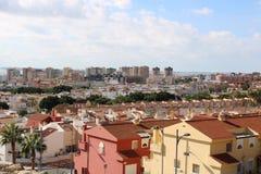 Πανοραμική άποψη των σπιτιών και των φραγμών στοκ φωτογραφία