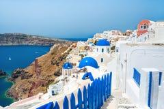 Πανοραμική άποψη Oia της πόλης, νησί Santorini, Ελλάδα Στοκ Εικόνες