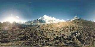 πανοραμική άποψη 360 vr του ηλιοβασιλέματος πέρα από τη Kala Patthar Όρος Έβερεστ και κοιλάδα Khumbu, Νεπάλ των Ιμαλαίων Gorak Sh φιλμ μικρού μήκους