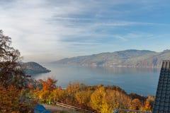 Πανοραμική λίμνη Thun άποψης στην Ελβετία apls κοντά στην πόλη του Ίντερλεικεν Στοκ φωτογραφίες με δικαίωμα ελεύθερης χρήσης