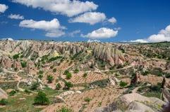Πανοραμική αγροτική άποψη Cappadocia - της Τουρκίας Στοκ Φωτογραφίες