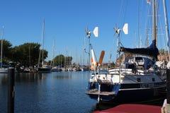 Πανοραμικός κοιτάξτε για το λιμάνι γιοτ από Orth Στοκ Εικόνες