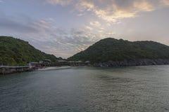Πανοραμικός κόλπος του τοπικού LAN εκτάριο σεναρίου παραλιών νησιών πιθήκων, προορισμός ορόσημων, νησιά BA γατών, Βιετνάμ στοκ εικόνες με δικαίωμα ελεύθερης χρήσης