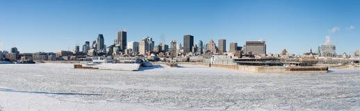 Πανοραμικός ορίζοντας του Μόντρεαλ άποψης το χειμώνα Στοκ φωτογραφίες με δικαίωμα ελεύθερης χρήσης