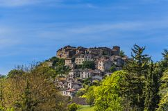Πανοραμικός του χωριού Cordes-cordes-sur-ciel στοκ εικόνες