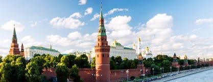 πανοραμικός χειμώνας όψης του Κρεμλίνου Μόσχα Ρωσία στοκ εικόνα με δικαίωμα ελεύθερης χρήσης