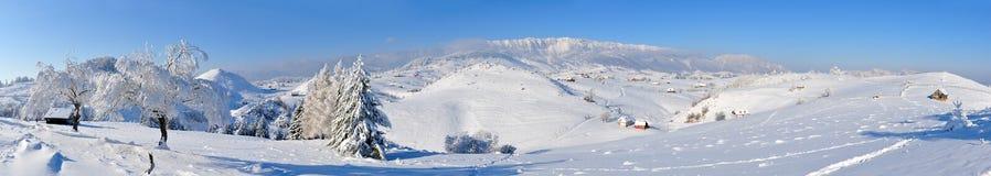 πανοραμικός χειμώνας όψης &t Στοκ Φωτογραφία
