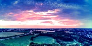 Πανοραμικό εναέριο τοπίο και ηλιοβασίλεμα Στοκ Εικόνες