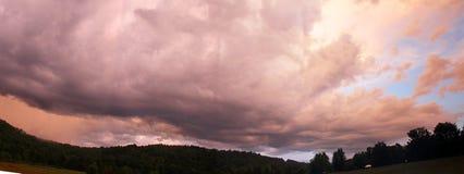 πανοραμικό ηλιοβασίλεμ&alph στοκ εικόνα με δικαίωμα ελεύθερης χρήσης