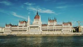 Πανοραμικό timelapse - κτήριο του Κοινοβουλίου στη Βουδαπέστη, Ουγγαρία απόθεμα βίντεο
