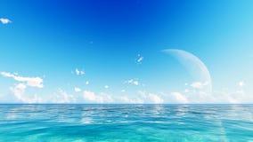 Πανσέληνος πέρα από την μπλε θάλασσα και τον ουρανό Στοκ Φωτογραφίες