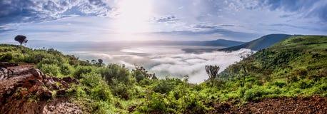 Πανόραμα από τον κρατήρα Ngorongoro, Τανζανία, Ανατολική Αφρική Στοκ Εικόνες