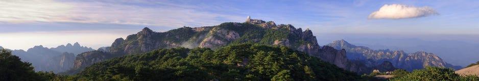 πανόραμα βουνών της Κίνας κί& στοκ φωτογραφίες