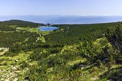 Πανόραμα γύρω από τη λίμνη Bezbog, βουνό Pirin Στοκ εικόνες με δικαίωμα ελεύθερης χρήσης