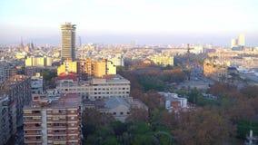 Πανόραμα εικονικής παράστασης πόλης της Βαρκελώνης, πυροβολισμός 4k Ισπανία φιλμ μικρού μήκους