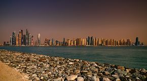 Πανόραμα ηλιοβασιλέματος της μαρίνας του Ντουμπάι, Ντουμπάι, Ηνωμένα Αραβικά Εμιράτα Στοκ Εικόνες