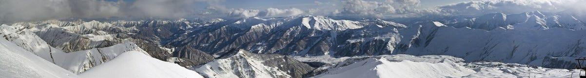 Πανόραμα κορυφογραμμών βουνών της Γεωργίας Στοκ Εικόνες