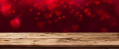 Πανόραμα με τις πετώντας καρδιές Στοκ Εικόνες