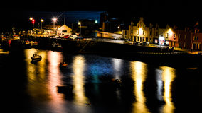Πανόραμα νύχτας σε Portree Στοκ φωτογραφίες με δικαίωμα ελεύθερης χρήσης