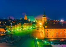 Πανόραμα νύχτας του βασιλικού Castle και της παλαιάς πόλης στη Βαρσοβία Στοκ εικόνα με δικαίωμα ελεύθερης χρήσης