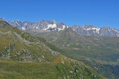 πανόραμα ορεινών όγκων ορών blanc ιταλικό mont Στοκ εικόνα με δικαίωμα ελεύθερης χρήσης