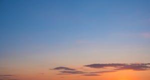 Πανόραμα ουρανού ηλιοβασιλέματος - φυσικός ουρανός ηλιοβασιλέματος Στοκ Εικόνες