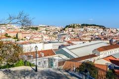 Πανόραμα πόλεων της Λισσαβώνας σε Alfama Στοκ φωτογραφίες με δικαίωμα ελεύθερης χρήσης
