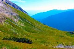 Πανόραμα της βουλγαρικής σειράς βουνών Pirin δυτικών πλευρών Στοκ Φωτογραφία