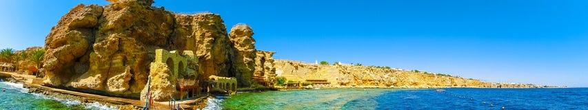 Πανόραμα της παραλίας στο σκόπελο Sheikh Sharm EL, Αίγυπτος Στοκ Εικόνες