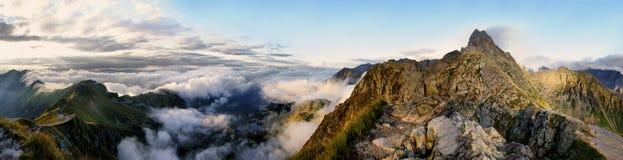Πανόραμα της περιβάλλουσας περιοχής Swinica, βουνά Tatra Στοκ Φωτογραφία