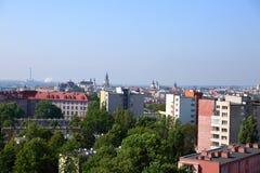 Πανόραμα της πόλης του Lublin στο σύνολο της Πολωνίας των φραγμών και των πράσινων δέντρων στοκ φωτογραφία με δικαίωμα ελεύθερης χρήσης