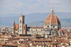 Πανόραμα της Φλωρεντίας, της Ιταλίας, καθεδρικών ναών και πόλεων στην Τοσκάνη στοκ εικόνες