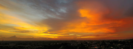 Πανόραμα του ηλιοβασιλέματος Στοκ Φωτογραφία