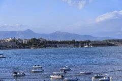 Πανόραμα του κόλπου στην πόλη της Κέρκυρας στο ελληνικό νησί της Κέρκυρας Στοκ Φωτογραφίες