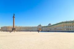 Πανόραμα του τετραγώνου παλατιών στη Αγία Πετρούπολη στοκ φωτογραφίες
