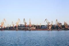 Πανόραμα των γερανών λιμένων, θαλάσσιος λιμένας Στοκ Εικόνες