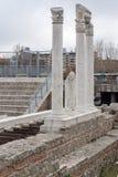 Πανόραμα των καταστροφών ρωμαϊκού Odeon στην πόλη Plovdiv, Βουλγαρία Στοκ φωτογραφία με δικαίωμα ελεύθερης χρήσης