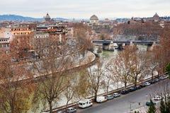 Πανόραμα φθινοπώρου της Ρώμης από το Hill Aventine στοκ φωτογραφία με δικαίωμα ελεύθερης χρήσης