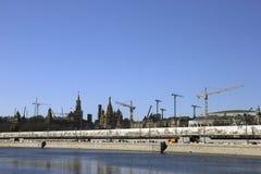 Πανόραμα Cremli πολλών γερανών πύργων και βασιλικών του ST καθεδρικός ναός και Στοκ Εικόνες
