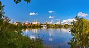 Πανόραμα Izmailovo Κρεμλίνο και λίμνη - Μόσχα ρωσικά Στοκ φωτογραφία με δικαίωμα ελεύθερης χρήσης