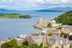 Πανόραμα Oban, μιας παραθεριστικής πόλης μέσα στο Argyll και της περιοχής των συμβουλίων Bute της Σκωτίας Στοκ Φωτογραφία