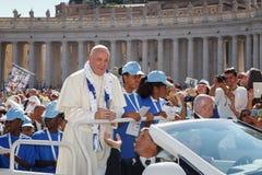 Παπάς Francis Bergoglio στο νέο παπά κινητό Στοκ φωτογραφίες με δικαίωμα ελεύθερης χρήσης