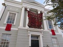 Παπαρούνες ενθύμησης στο Δημαρχείο Sudbury στοκ φωτογραφία