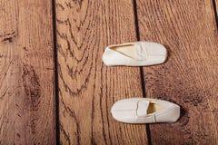 Παπούτσια γυμναστικής για τα παιδιά Θέση μπαλέτου Στοκ Εικόνα